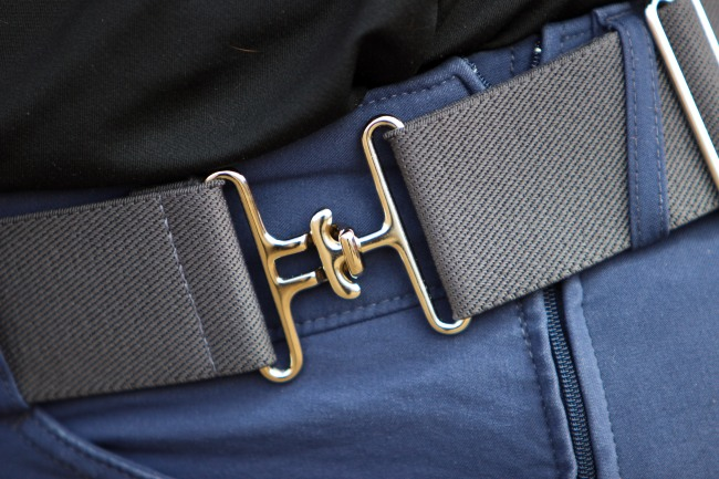 Belt and Riding 002